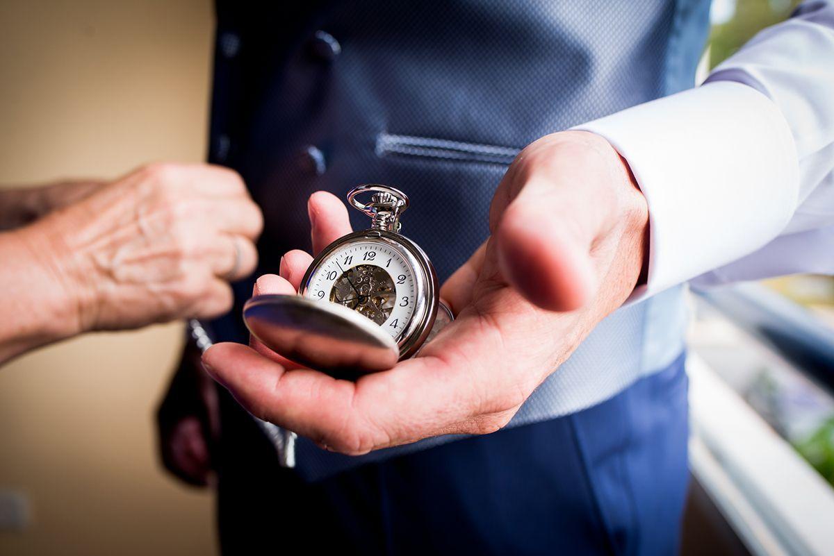 reloj de novio de bolsillo