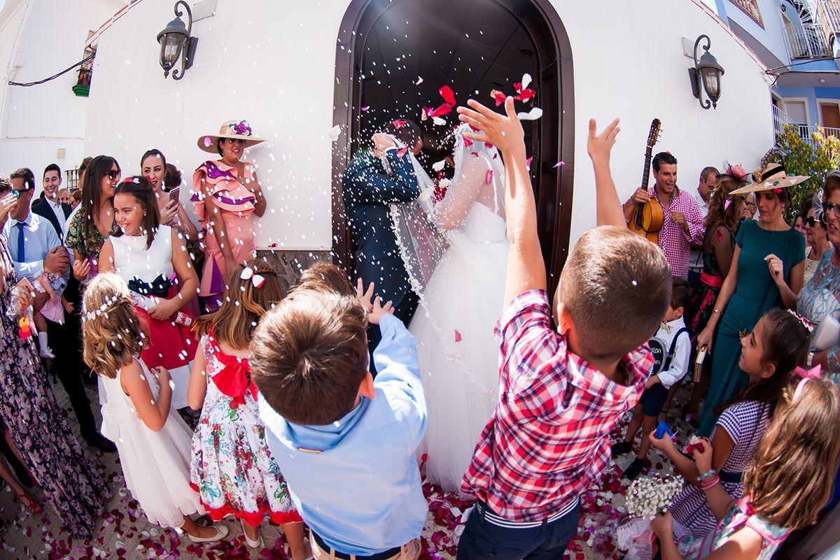 reportaje de boda en iglesia de Vélez-Málaga